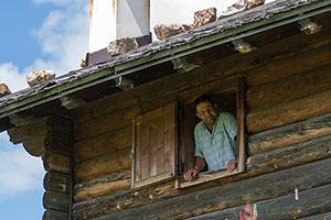 Almhütte auf der Seiser Alm in den Dolomiten