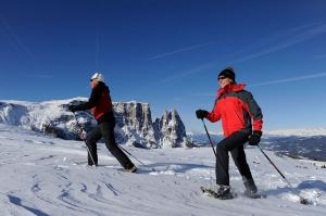 Schneeschuhwandern auf der Seiseralm